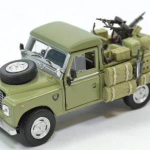 Land Rover Serie 3 109 pick-up armée Forces spéciales anglaises SAS 1975