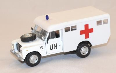 Land Rover serie 3 United Nations Ambulance