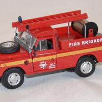 Land rover series3 pompiers 1 43 cararama autominiature01 com 1