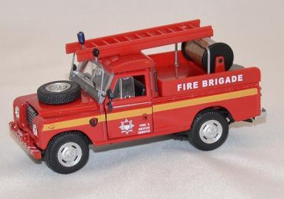 Land rover série 3 engin pompe pompier