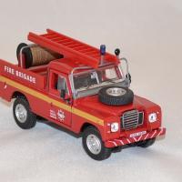 Land rover series3 pompiers 1 43 cararama autominiature01 com 3