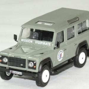 Land Rover defender long