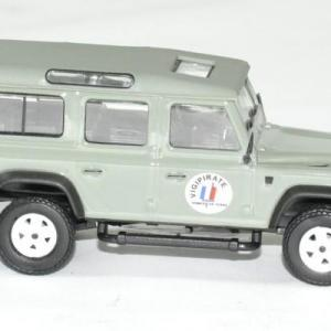 Land rover vigipirate defender 1 43 oliex autominiature01 53242vigi 3
