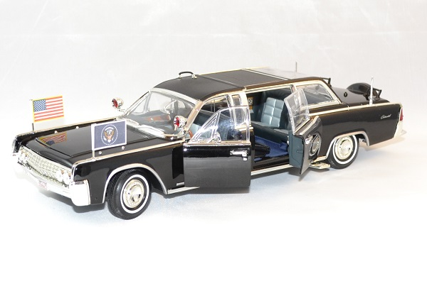 Lincoln continental 1961 quickfix president usa 1 24 autominiature01 2