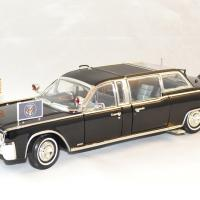 Lincoln continental 1961 quickfix president usa 1 24 lucky autominiature01 1