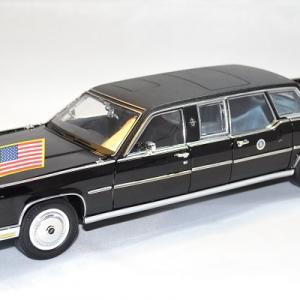 Lincoln continental limousine reagan 1972 lucky 1 24 autominiature01 1
