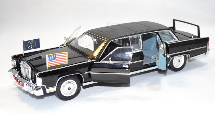 Lincoln continental limousine reagan 1972 lucky 1 24 autominiature01 2