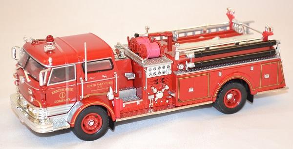 Mack 1960 pompier 1 43 signature miniature autominiature01 com 1