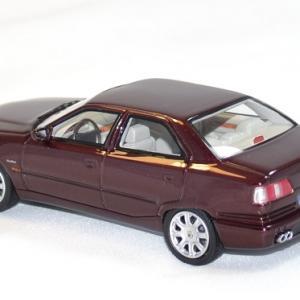 Maserati quattroporte 4 rouge 1 43 neo autominiature01 2