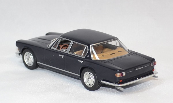Maserati quattroporte whitebox 1 43 autominiature01 com 2 1