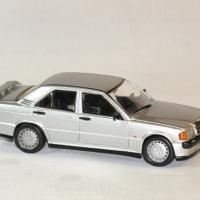 Mercedes 190 2 3 1988 whitebox 1988 1 43 wht246 autominiature01 3