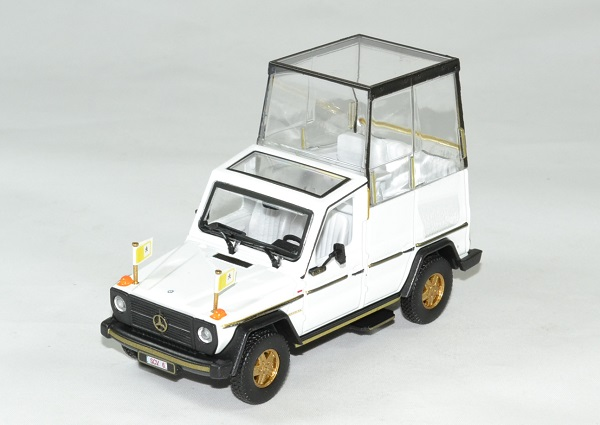 Mercedes 230 ge papamobile vatican 1983 bburago 1 43 autominiature01 1