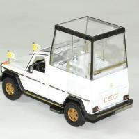 Mercedes 230 ge papamobile vatican 1983 bburago 1 43 autominiature01 2