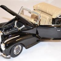 Mercedes benz 300 1955 noire 1 18 maisto autominiature01 com 2