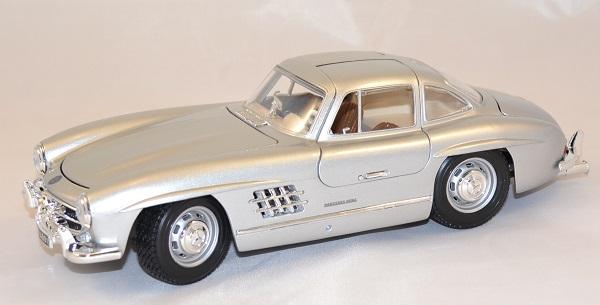 Mercedes benz 300sl 1954 1 18 bburago www autominiature01 com 1