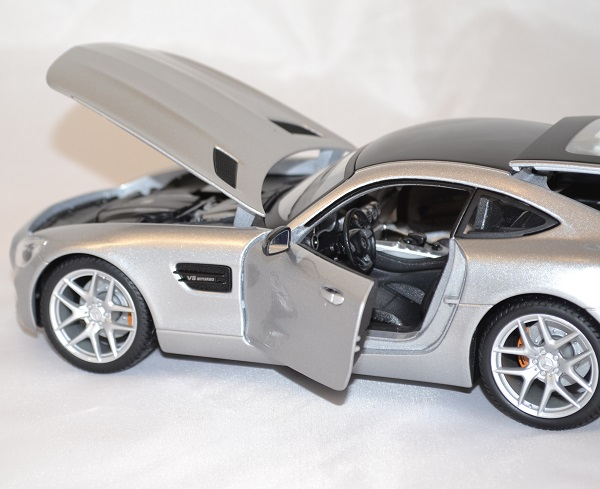 Mercedes benz amg gt argent 1 18 maisto www autominiature01 com 2