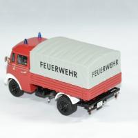 Mercedes benz l 319 pompier 1 43 premium autominiature01 2