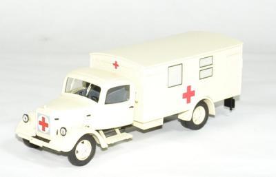 Mercedes-Benz L3000 camion Croix Rouge Allemande ambulance