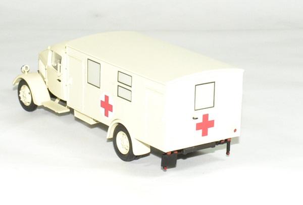 Mercedes benz l3000 croix rouge ambulance 1 43 premium autominiature01 2