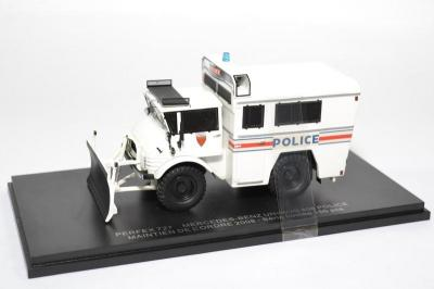Mercedes-Benz unimog 406 maintien de l'ordre 2008 Police nationale