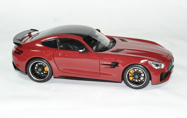 Mercedes gt r amg 2017 norev 1 18 autominiature01 4