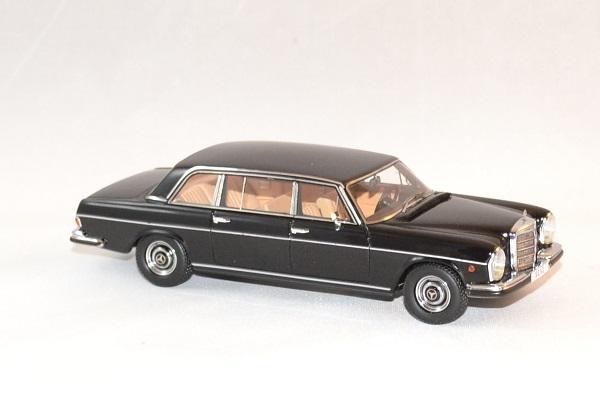 Mercedes matrix 300sel vatican 1967 1 43 autominiature01 3