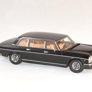 Mercedes matrix 300sel vatican 1967 1 43 autominiature01 3