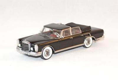 Mercedes 600 swb landaulet cabrio noire 1970