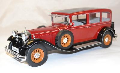 Mercedes 1928 type Nurburg 460-460k Model car group 1-18