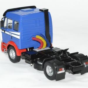 Mercedes sk 1948 camion ixo 1966 1 43 autominiature01 2