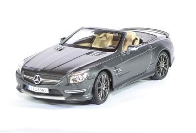 Mercedes SLS amg 65 V12 gris anthracite