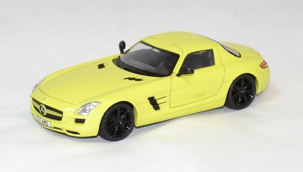 Mercedes sls amg jaune 2010 solido 1 43 autominiature01 com 1