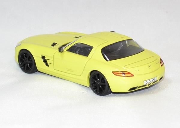 Mercedes sls amg jaune 2010 solido 1 43 autominiature01 com 2