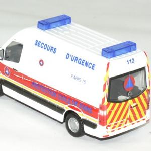 Mercedes sprinter protection civile paris 1 43 bburago autominiature01 2