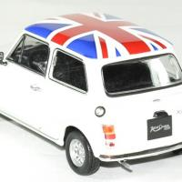 Mini cooper 1300 blanc 1 24 welly autominiature01 2