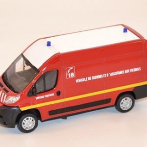 mondo-motors-vsav-pompiers-peugeot-boxer-au-1-43-autominiature01-com-1.jpg