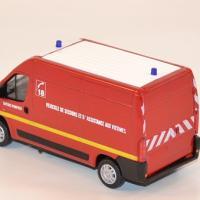 mondo-motors-vsav-pompiers-peugeot-boxer-au-1-43-autominiature01-com-2.jpg