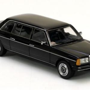 neo-mercedes-miniatures-automobiles-240d-lang-w123-neo-models-limousine-stretch-autominiature01-1.jpg