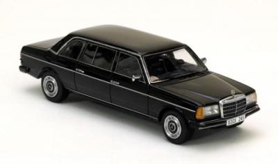 Mercedes  240D 1978 lang W123 Limousine noire Neo 1/43