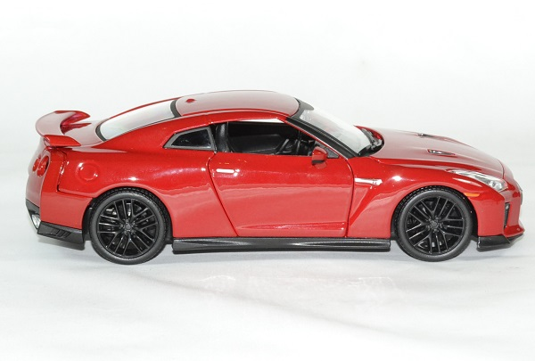 Nissan gtr 2017 bburago 1 24 autominiature01 3