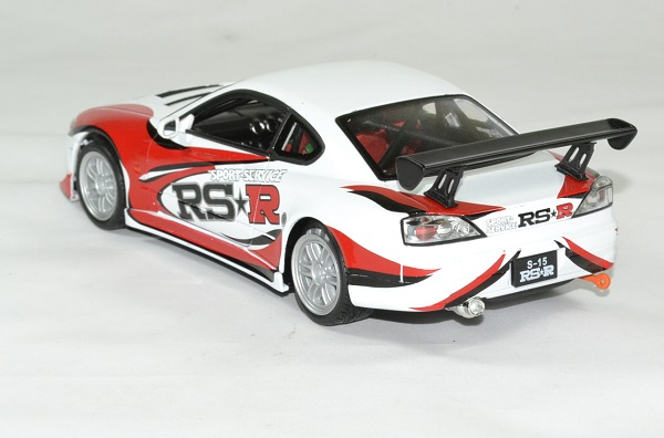 Nissan silvia s15 rsr 1 24 volant droite welly autominiature01 2