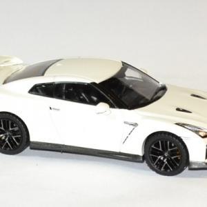 Nissan skyline gtr 2017 1 43 ixo premium autominiature01 3