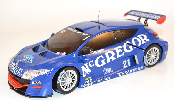 norev-renault-megane-trophy-world-series-mc-gregor-21-verschuur-1-18-le-mans-2011-autominiature01-com-1.jpg