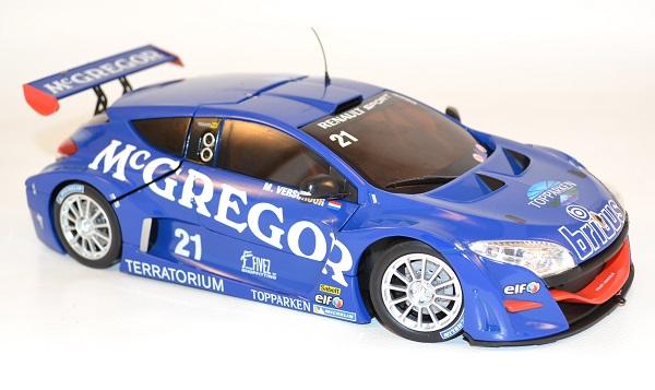 norev-renault-megane-trophy-world-series-mc-gregor-21-verschuur-1-18-le-mans-2011-autominiature01-com-2.jpg
