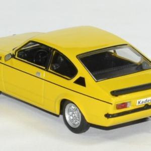 Opel kadett gte 1 43 whitebox autominiature01 2