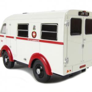 Oxford austin k8 wellfarer ambulance birmingham autominiature01 com 2