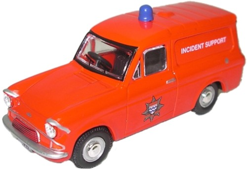 Oxford ford anglia van pompiers london fire incident support autominiature01 com