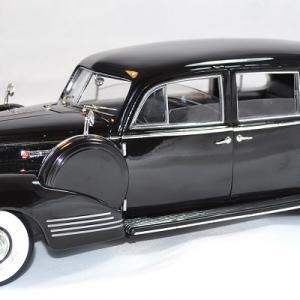 Packard super eight 180 1941 film le parrain 1 18 autominiature01 1