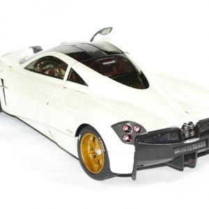 Pagani huayra 1 18 blanc gt auto 2012 welly autominiature01 2