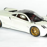 Pagani huayra 1 18 blanc gt auto 2012 welly autominiature01 3
